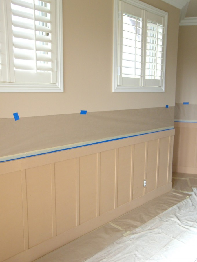 Charming Wainscoting Ideas And Modern White Window For Home Interior Design Ideas