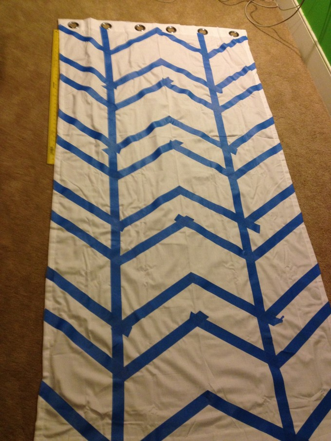 Complete Pattern Of Chevron Curtains In White And Blue On Floor