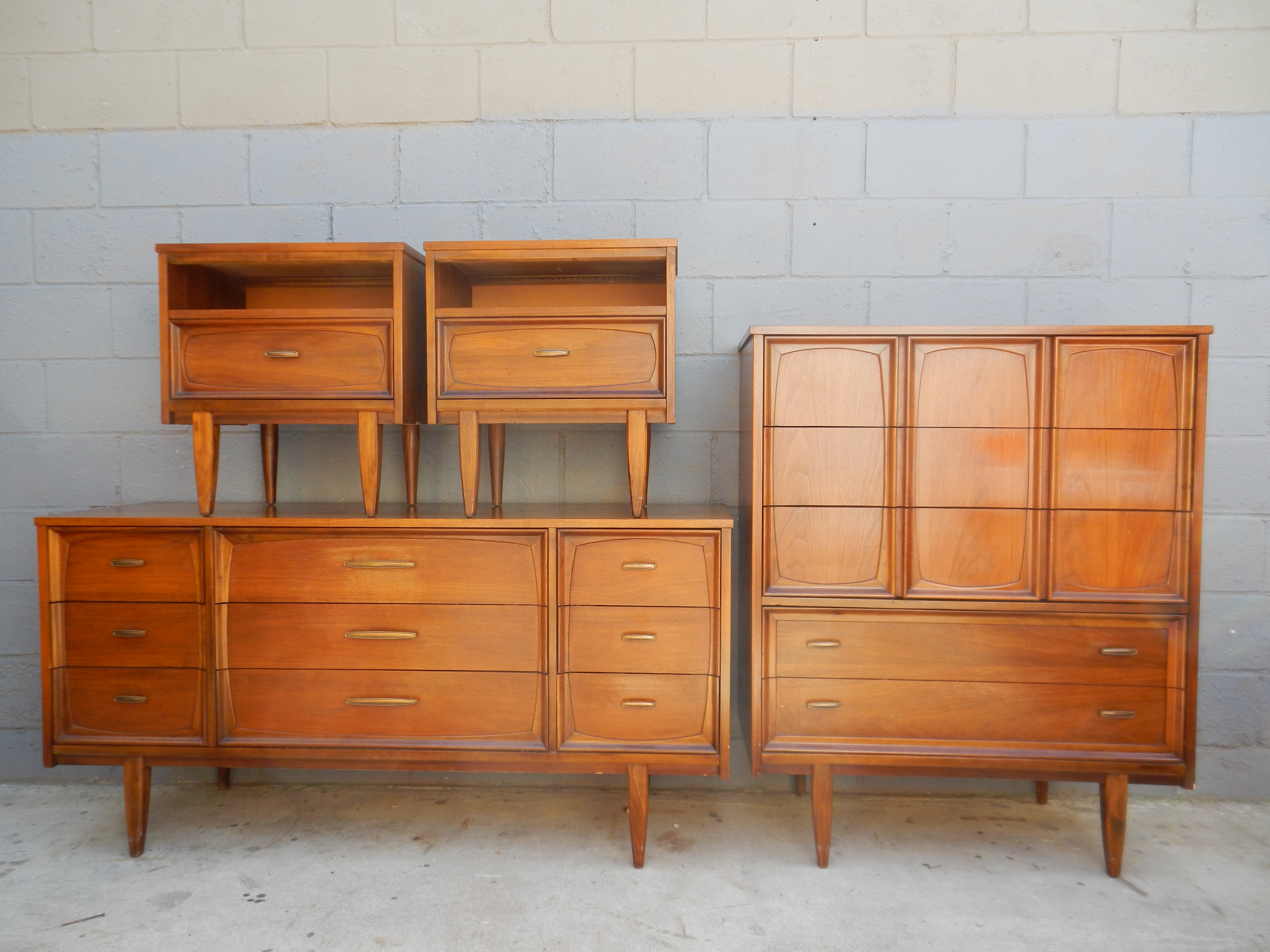 Cute Four Mid Century Dresser In Three Size