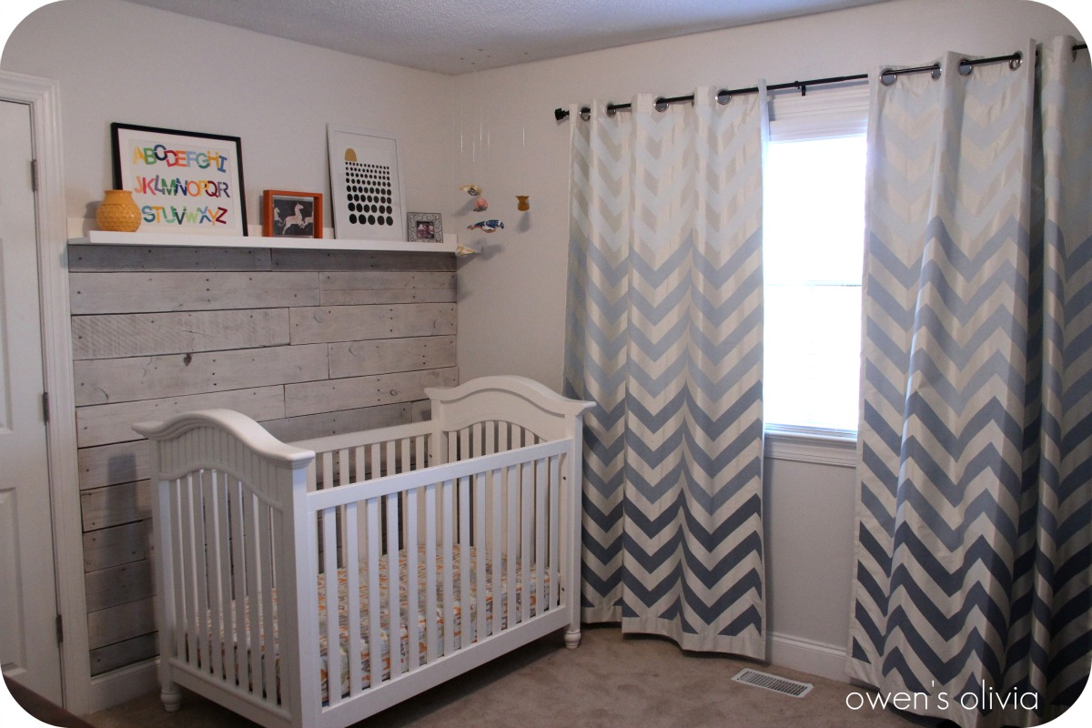 Grey and white baby room ideas - Grey Chevron Curtains Matched White Wall And White Baby Box For Baby Room Ideas