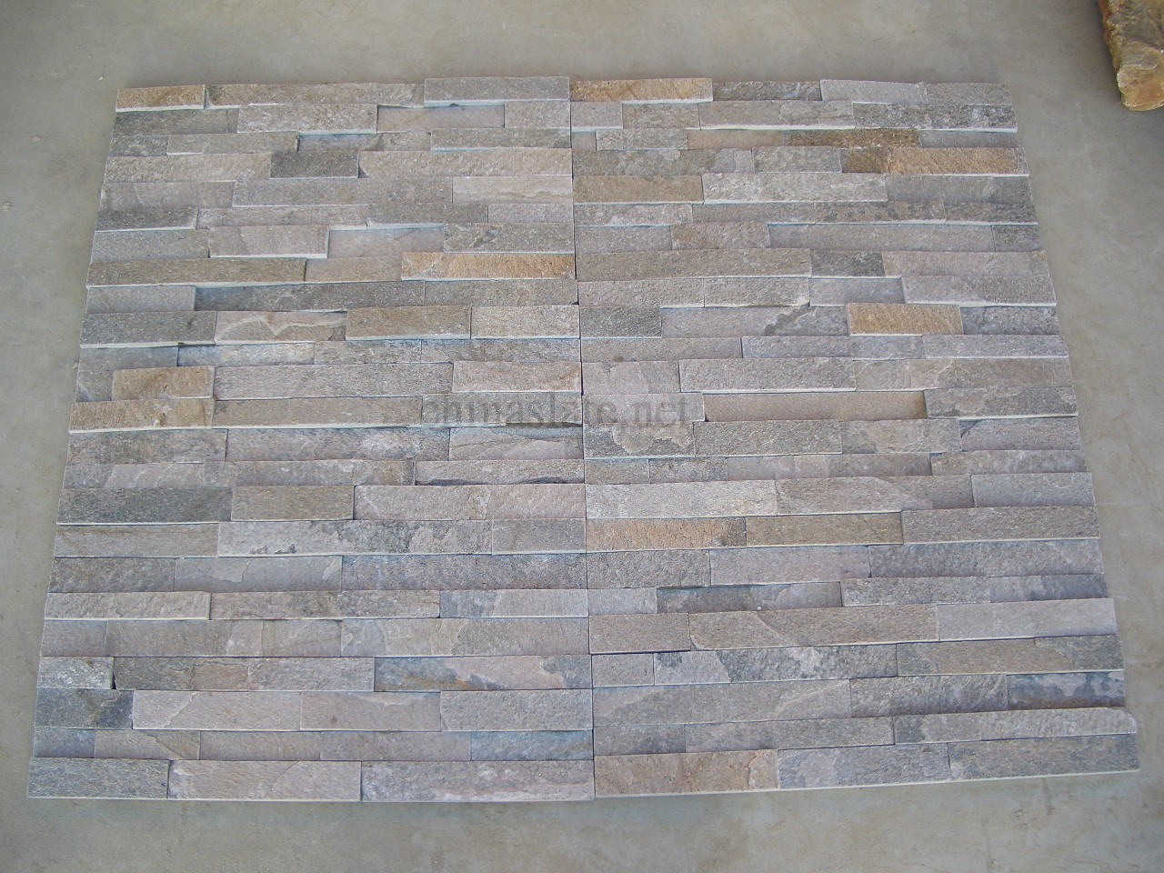 Various Color And Shape Of Stone Veneer Panels For Interior Or Exterior Decor Ideas: Grey Quartzite Cultured Stone Veneer Panels Ledge Wall Stone Pink Sandstone