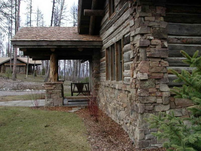 Home Exterior Design With Full Stone Veneer Panels Wall Plus Wooden Windows Ideas