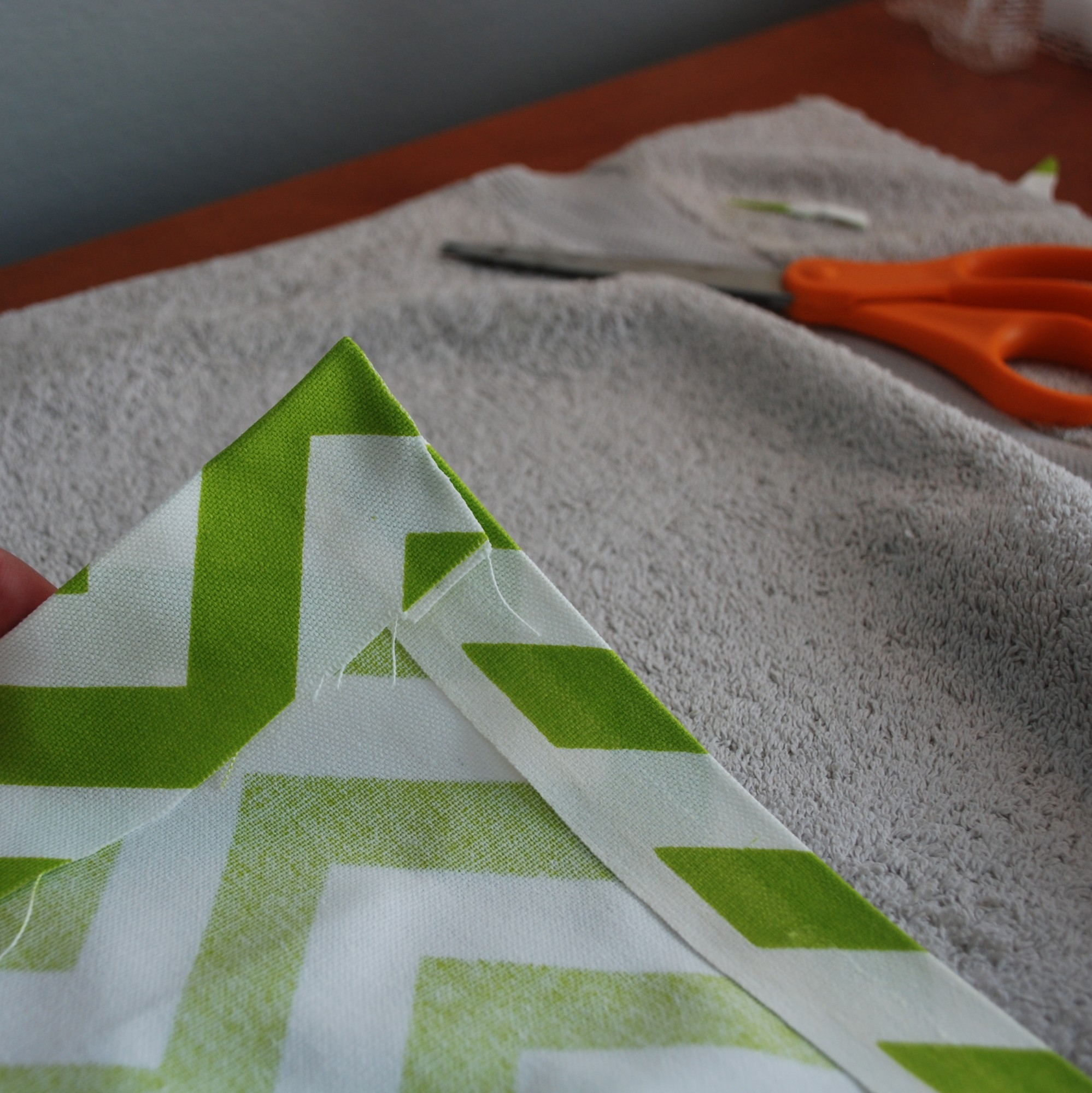 Interior & Decoration Lime And White Chevron Curtain