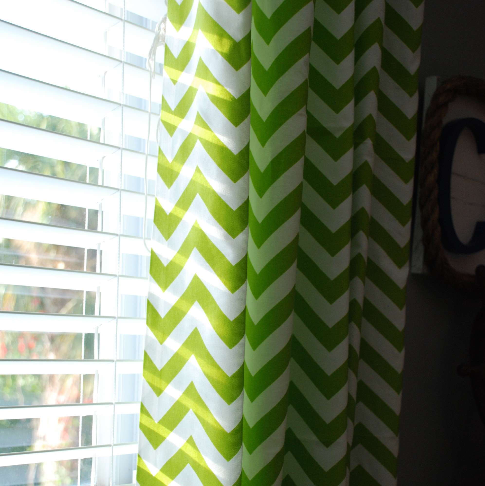 Interior & Decoration Window Treatment Decorating Ideas With green chevron curtains and grey wall