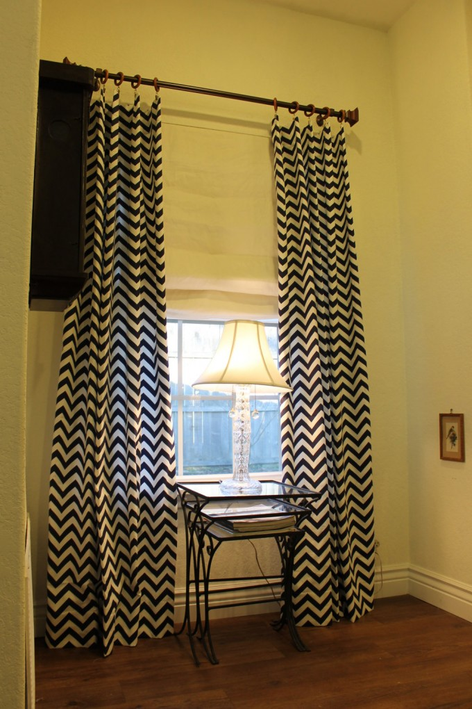Navy ZigZag Chevron Curtains Matched With White Wall Plus Table Standing Lamp