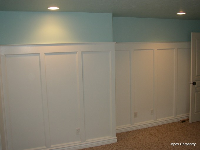 Powderblue And White Wainscoting Ideas With Powderblue Wall And White Ceiling And Tan Ceramics Floor