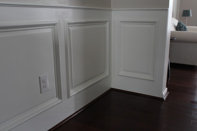 Wainscoting Ideas With Natural Brown Wooden Floor For Living Room Ideas