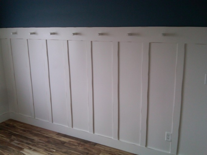 Wainscoting Ideas With Royalblue Wall And Wooden Floor