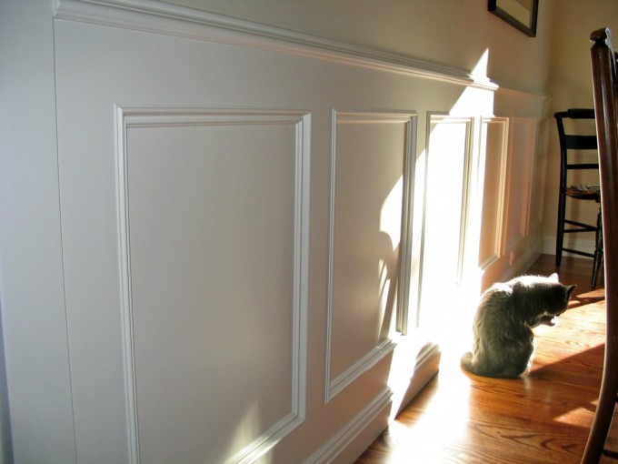 Wainscoting Ideas With Wooden Floor And Wooden Chairs For Classic Home Ideas
