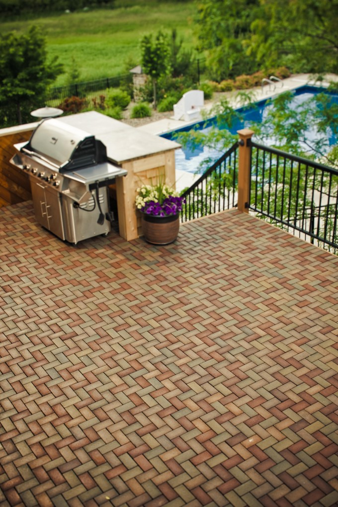 Azek Pavers Matched With Black Railing Plus Barbeque Sets For Patio Ideas