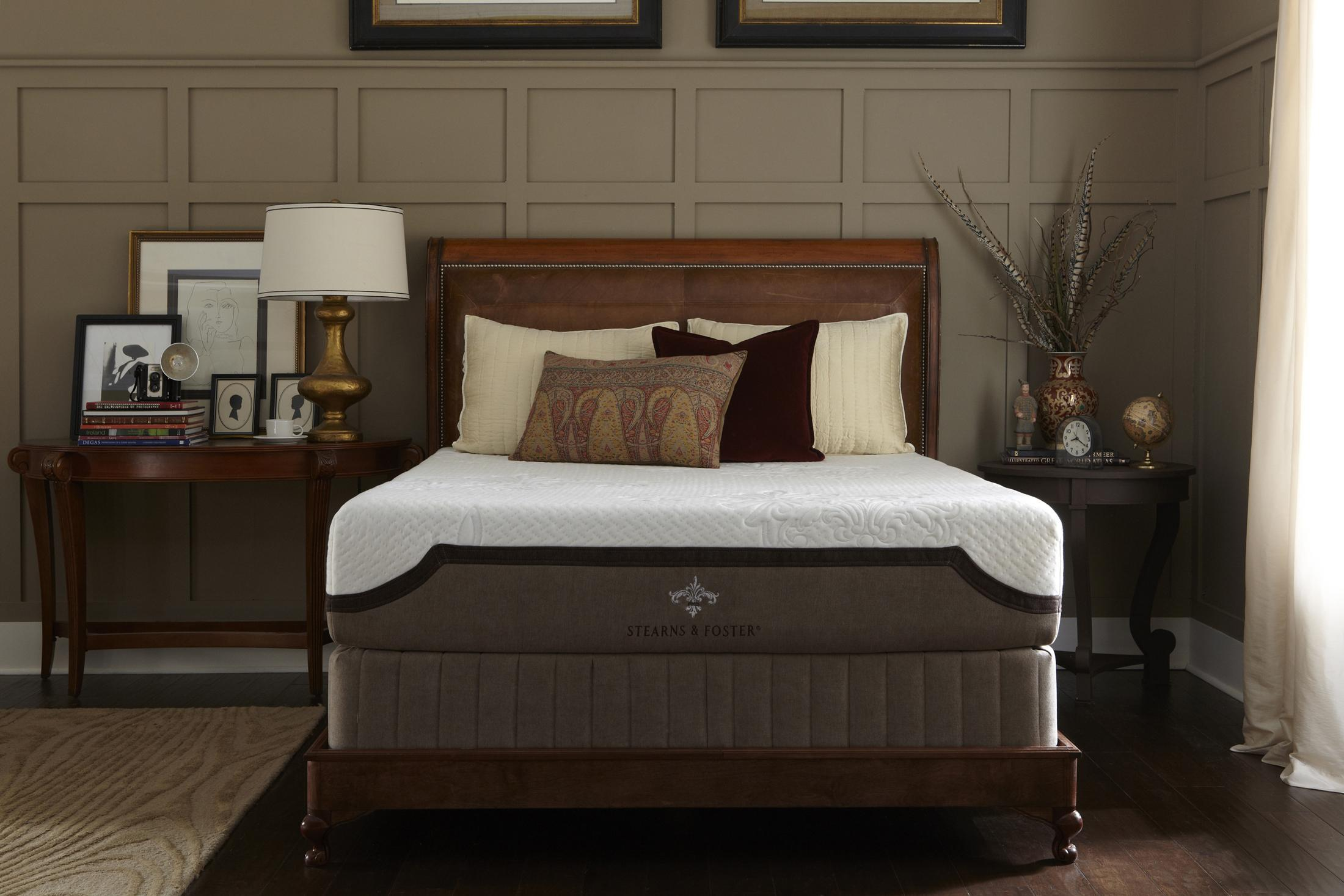 bedding design by Sprintz Furniture matched with wheat wainscoting wall plus table standing lamp ideas