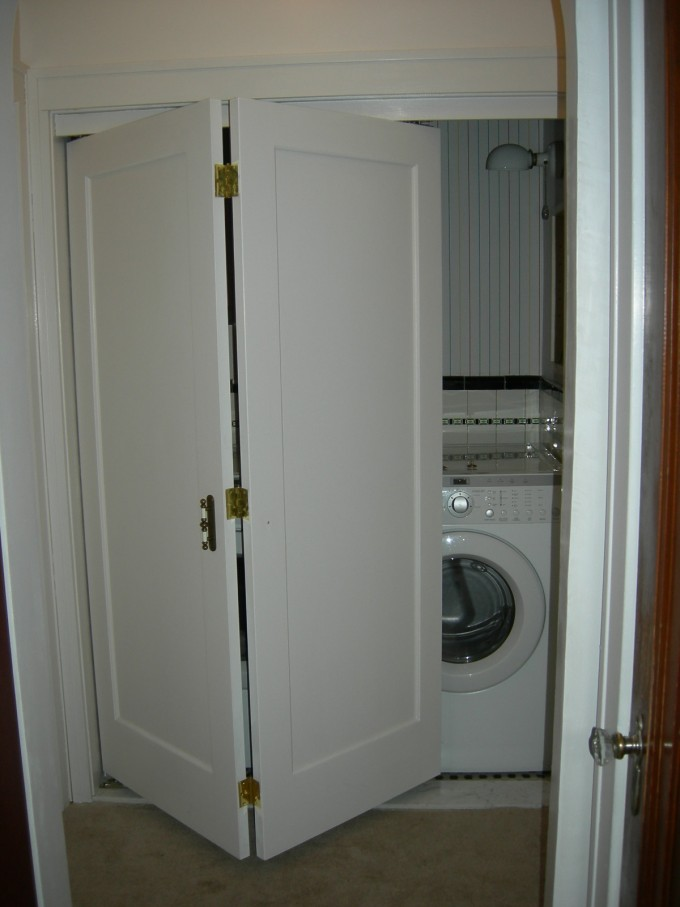 Brilliant Folding Closet Doors Ideas With Washing Machine Inside