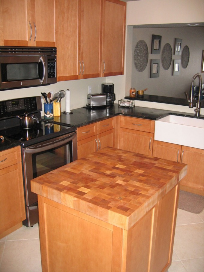 Charming Butcher Block Countertops Plus Kitchen Cabinet And Oven For Kitchen Design Ideas