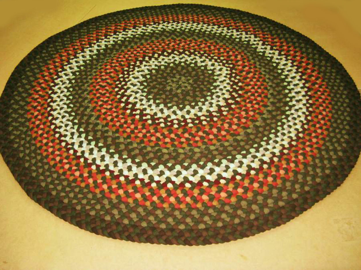 Handmade round Braided Rugs in multicolor for floor decor ideas