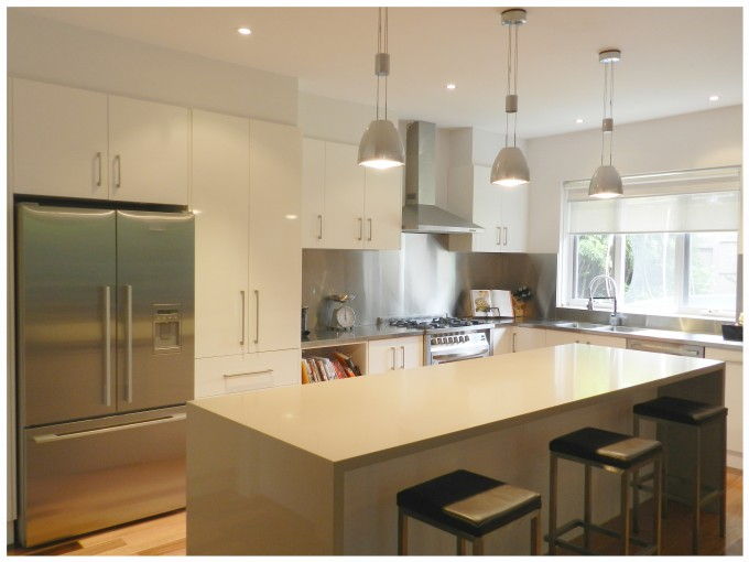 Innovative Marble Kitchen With Caesarstone And Bench Plus White Cabinet Plus Fridge For Kitchen Decor Ideas