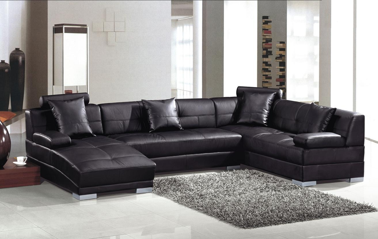 Italian Top Grain U Shaped Leather Sectional Couches In Black On Cream Floor Plus Carpet Matched With White Wall For Inspiring Living Room Decor Ideas