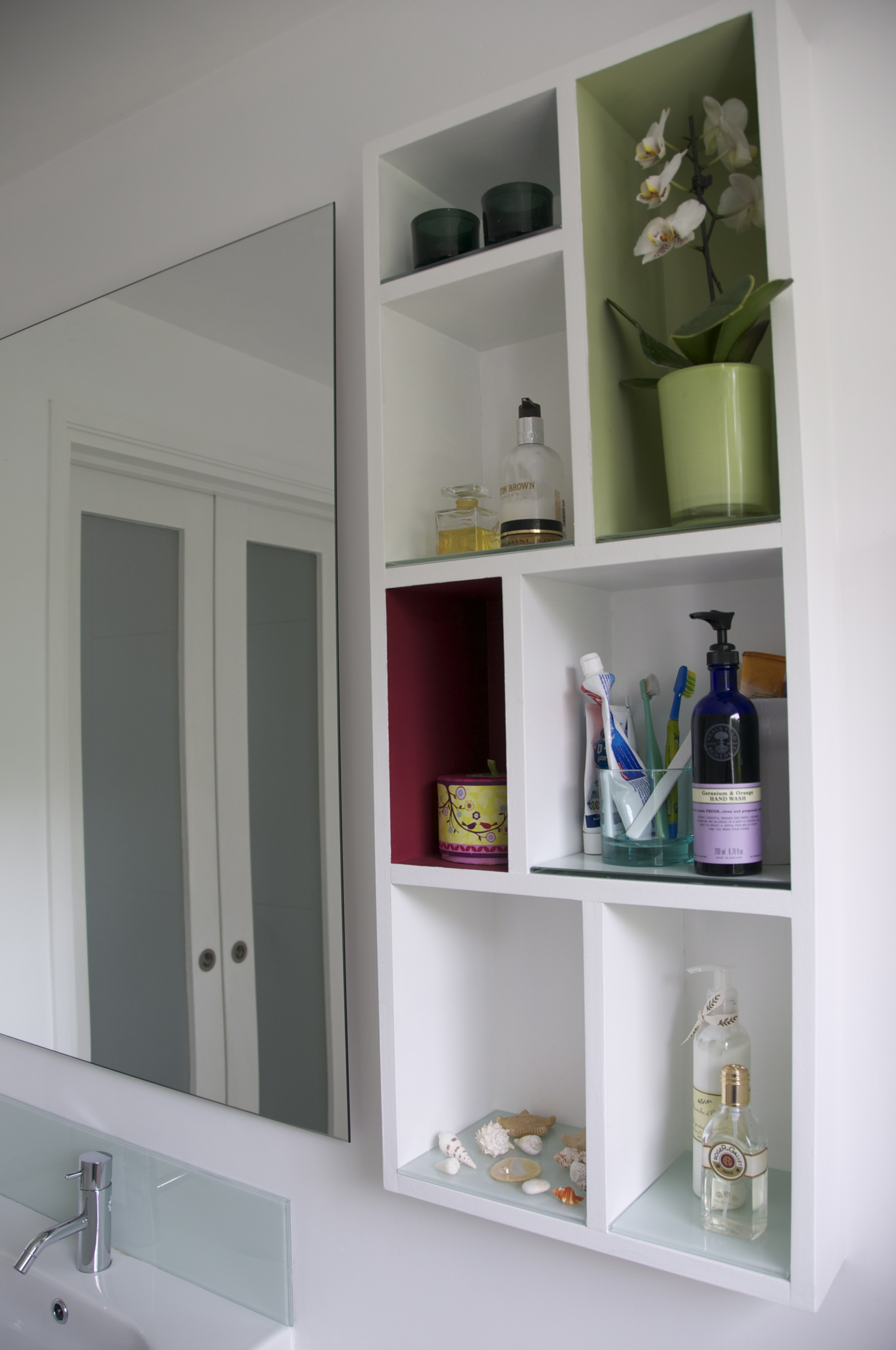 Lowes Medicine Cabinets With mirror on white wall plus white sink and silver faucet