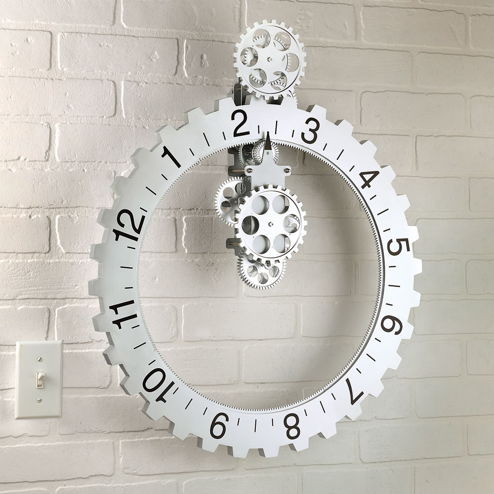 modern design of oversized Wall Clock in white with single cool hand