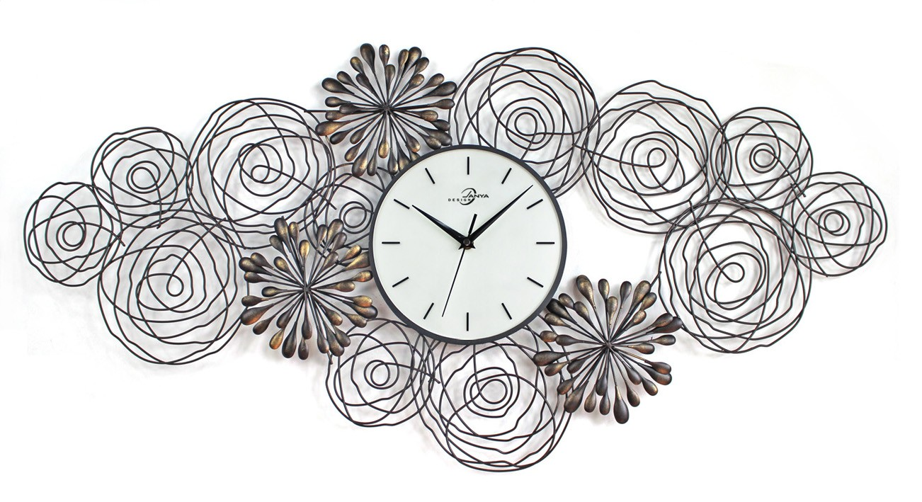 Oversized Wall Clock with wringkled ornament and triple hand