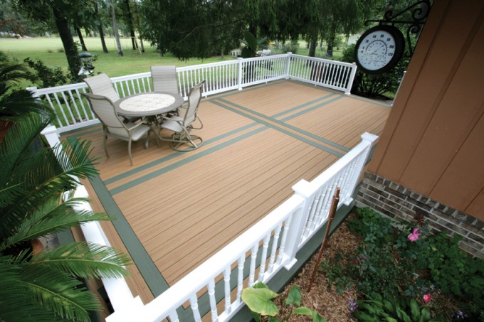 Peru Evergrain Decking Matched With White Railing Plus Dining Table For Patio Decor Ideas