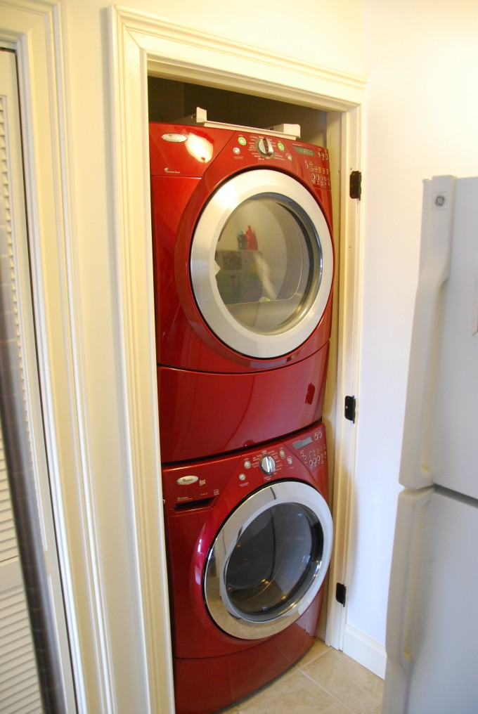 Red Stackable Washer And Dryer On White Rack Ideas