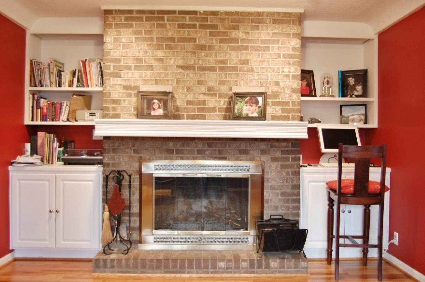 Rumford Fireplace with bricked mantel kit plus shelves matched with wooden floor plus sofa set for heat warming ideas