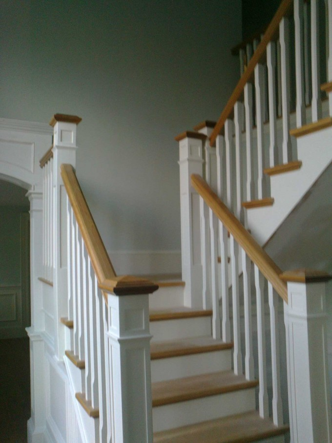 Stairs With Oak Handrails For Stairs Combained With White Color Ideas With White Wall For Interior Design Ideas