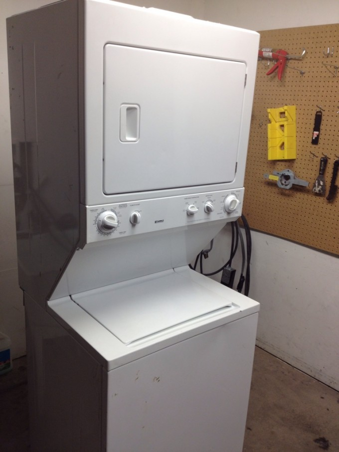 White Stackable Washer And Dryer For Smart Laundry Furniture Ideas