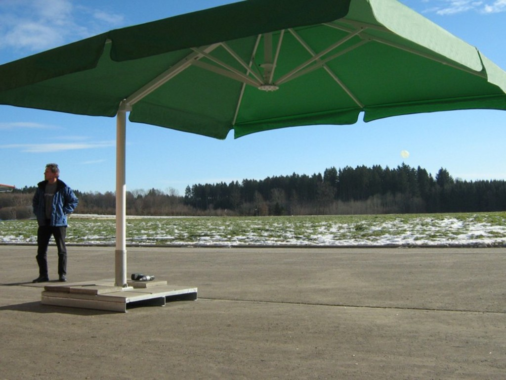 Big Sized Of Green Cantilever Patio Umbrella With White Metal Stand For  Patio Furniture Ideas