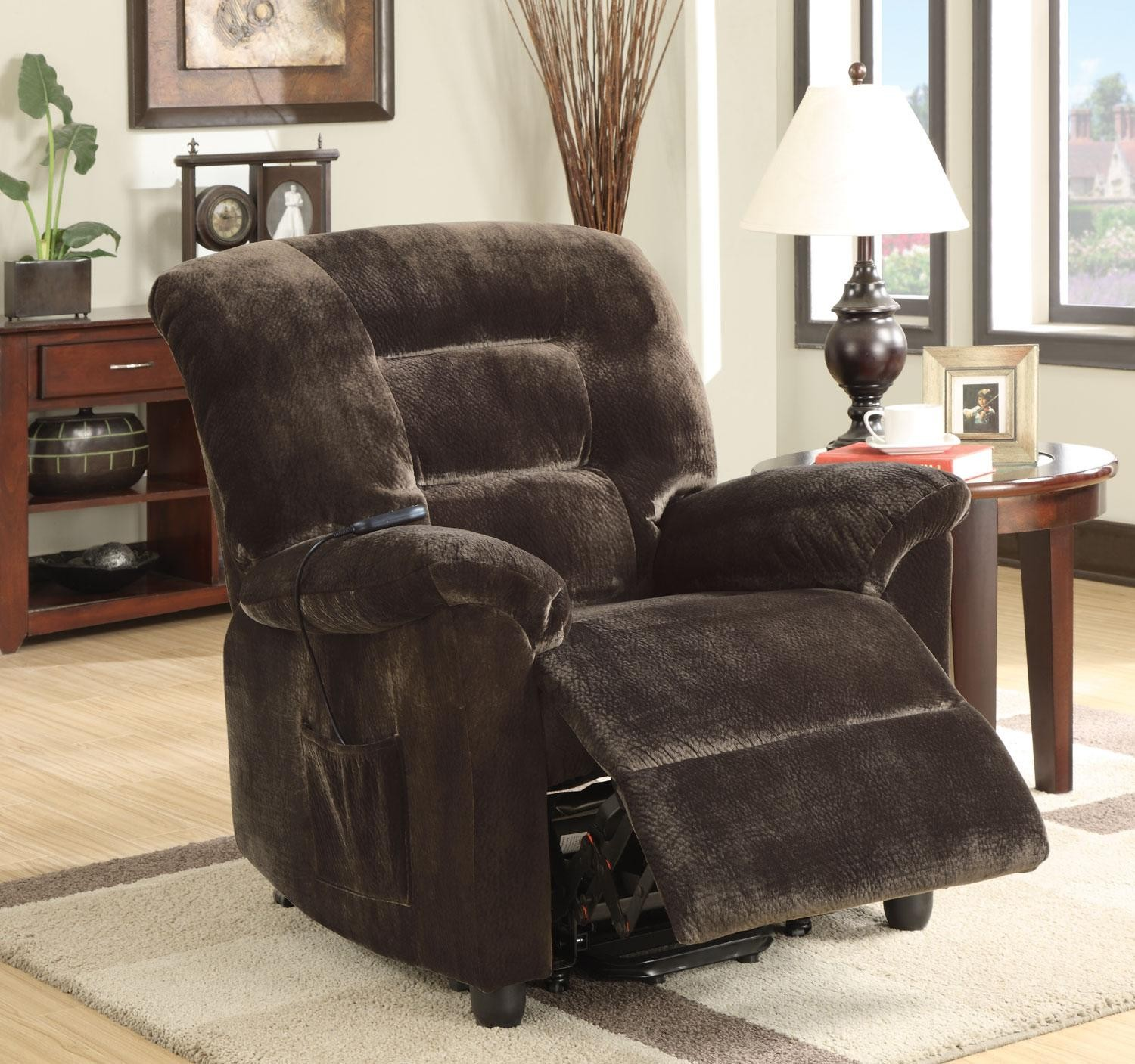 black fabric power lift recliners on wooden floor with white carpet plus table with table standing lamp for living room decor ideas