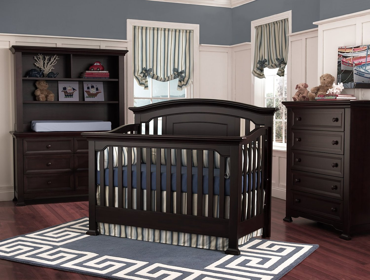 black wooden munire crib on wooden floor plus grey carpet matched with grey wall plus black wooden dresser for nursery decor ideas