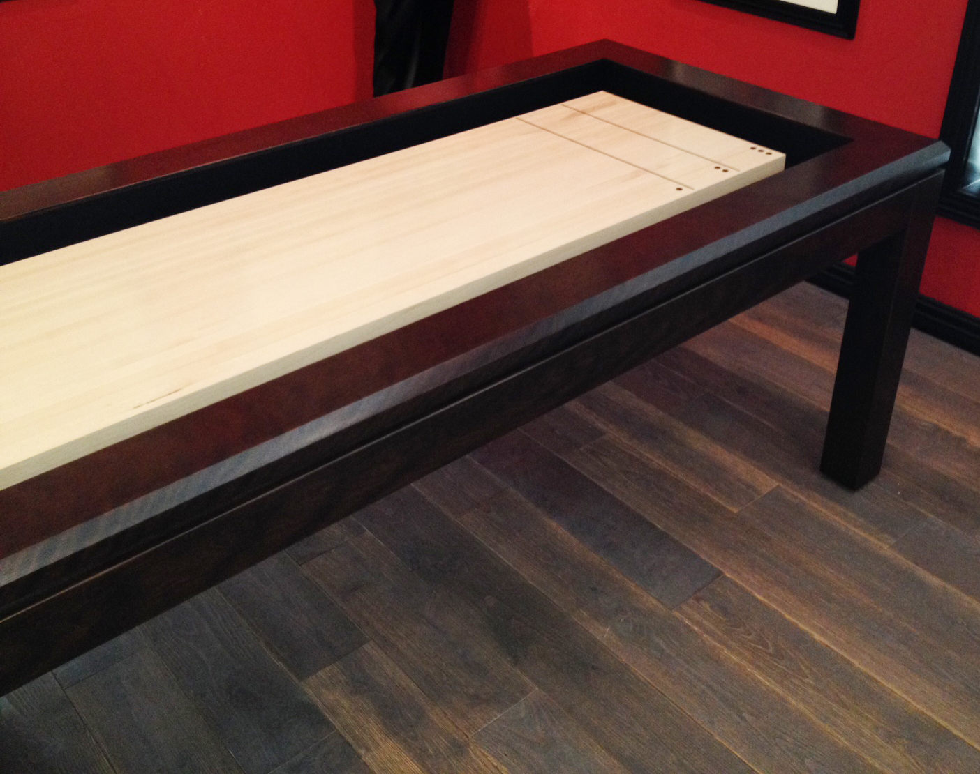 black wooden Table Traditional Game shuffleboard table for sale