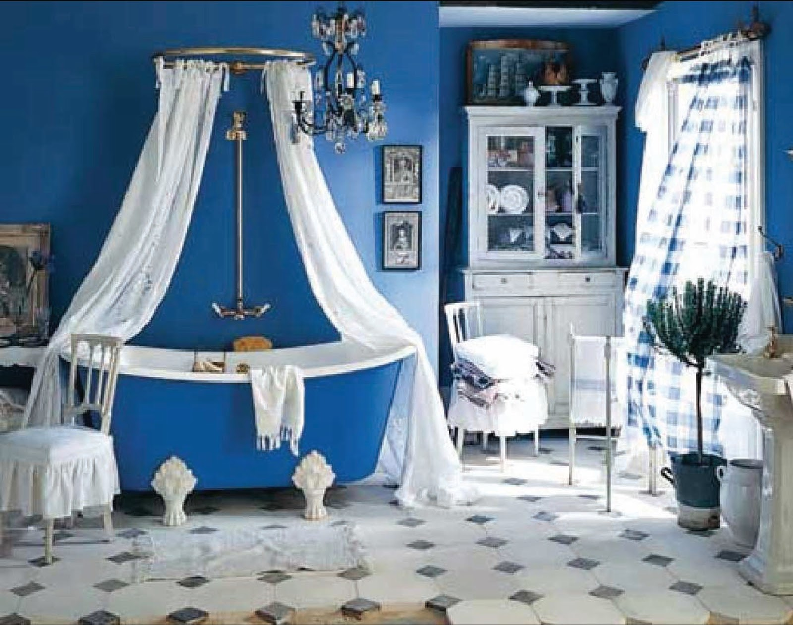 Blue Clawfoot Tub Matched With Blue Wall Plus Curtain And Chandelier For Bathroom Decor Ideas