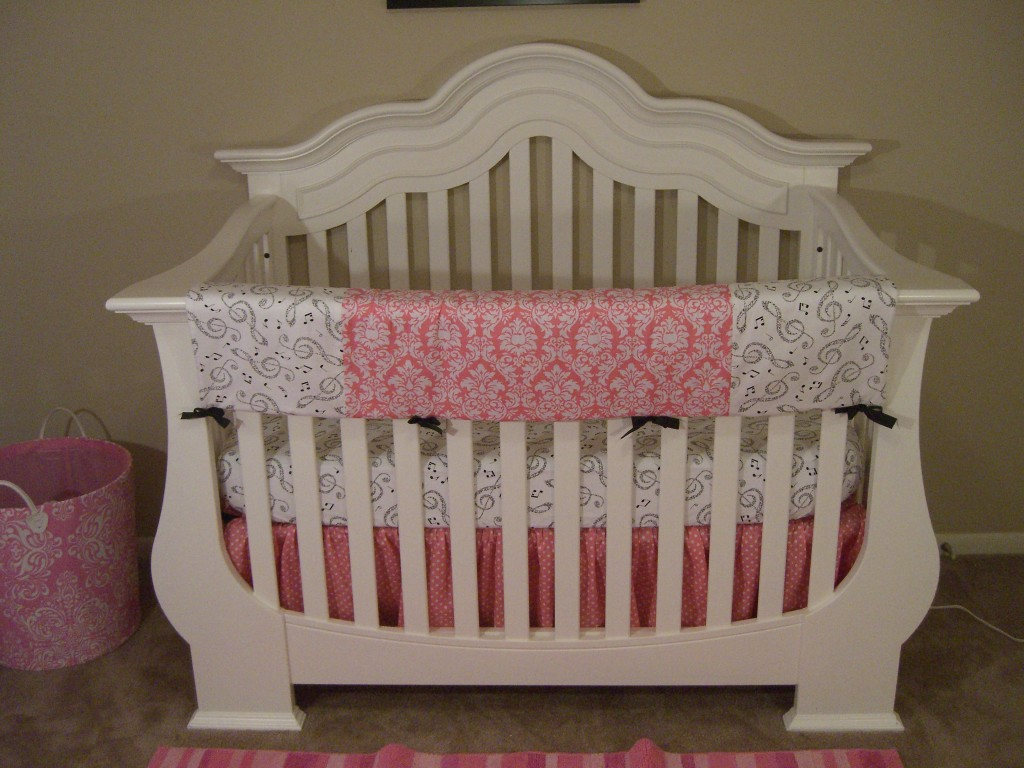 Charming Decorative White Wooden Crib By Munire Crib For Nursery Furniture Ideas