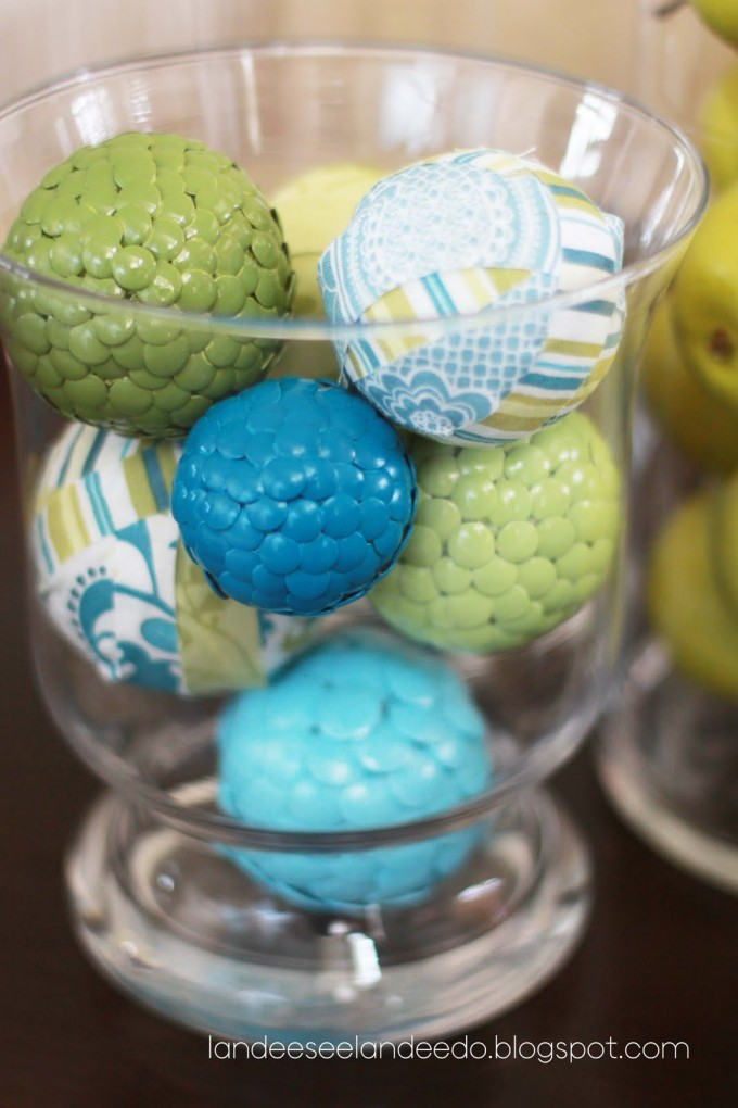 Charming Multicolor Decorative Orbs In Glass For Table Accessories Ideas