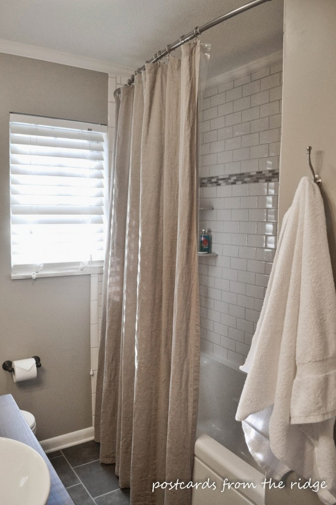 Curved Shower Curtain Rod With Tan Curtain And White Bath Up Plus White Window With Blinds For Bathroom Decor Ideas