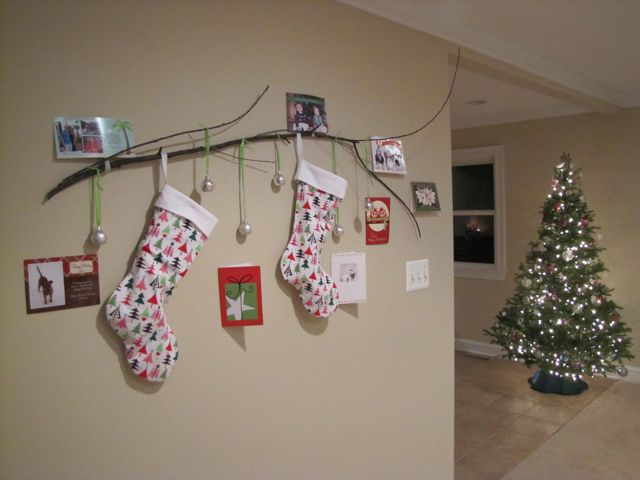 diy christmas stocking hanger made of stalk for christmas decoration ideas
