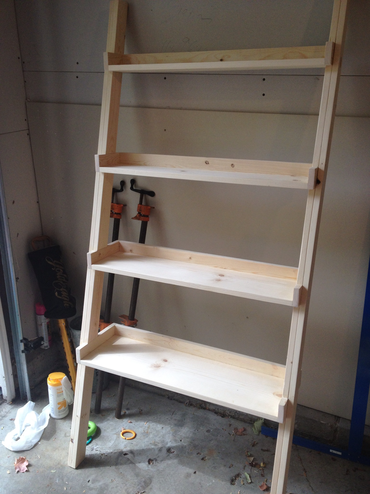 DIY wooden ladder bookshelf for office furniture ideas