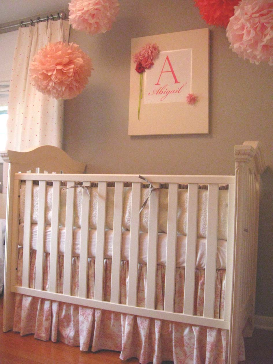 munire crib in white on wooden floor matched with grey wall with white window with curtain for nursery decor ideas