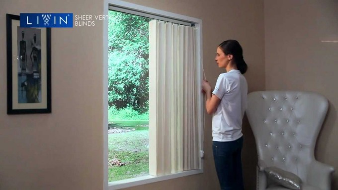 Picture Window With Bali Blinds On Beige Wall For Home Interior Design Ideas