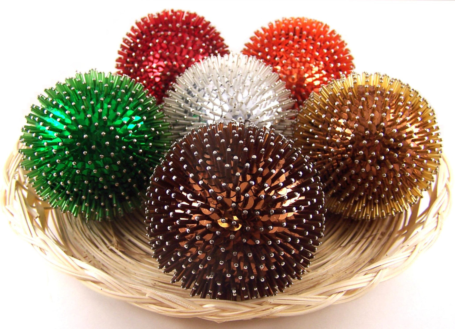 Popular items of decorative orbs in multicolor for table accessories ideas