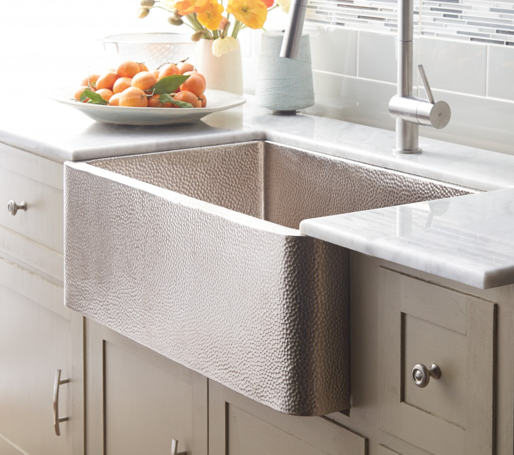 Rectangle Apron Sink On Mocca Kitchen Cabinet Plus Faucet For Kitchen Decor Ideas
