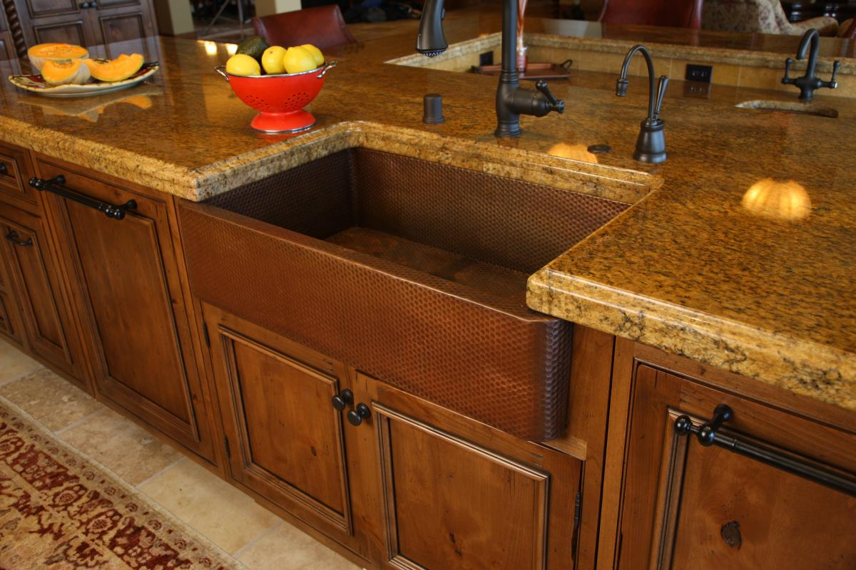 Rectangle Brown Apron Sink On Brown Wooden Kitchen Cabinet Plus Black Faucet On Marble Countertop For Kitchen Decor Ideas