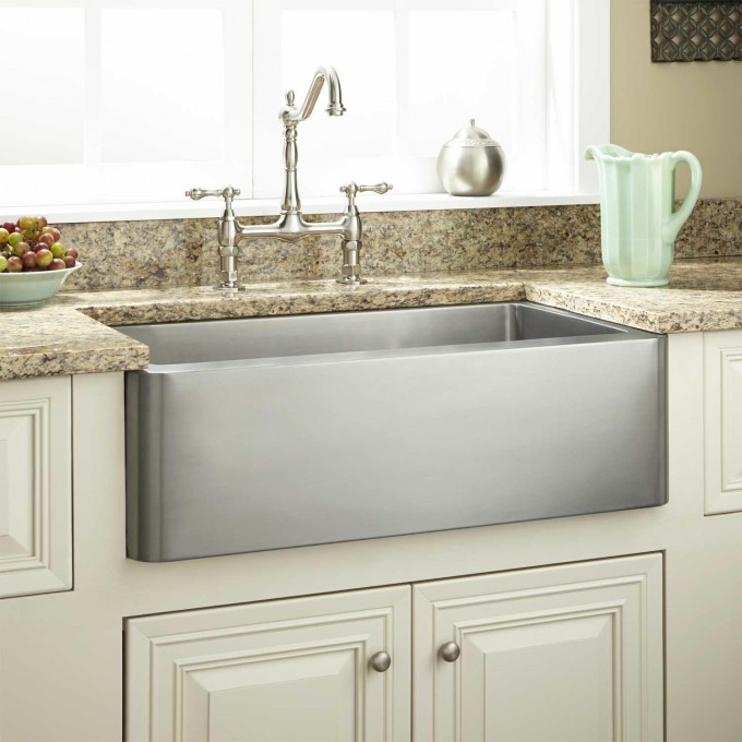 Rectangle Single Bowl Apron Sink On White Kitchen Cabinet With Countertop Plus Kitchen Faucet For Kitchen Decor Ideas