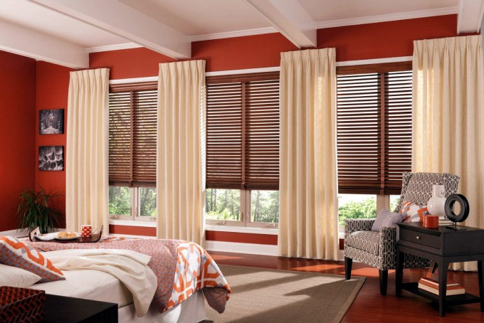 Red Wall With White Window And Wood Bali Blinds Matched With Wooden Floor And White Cailing For Home Interior Design Ideas