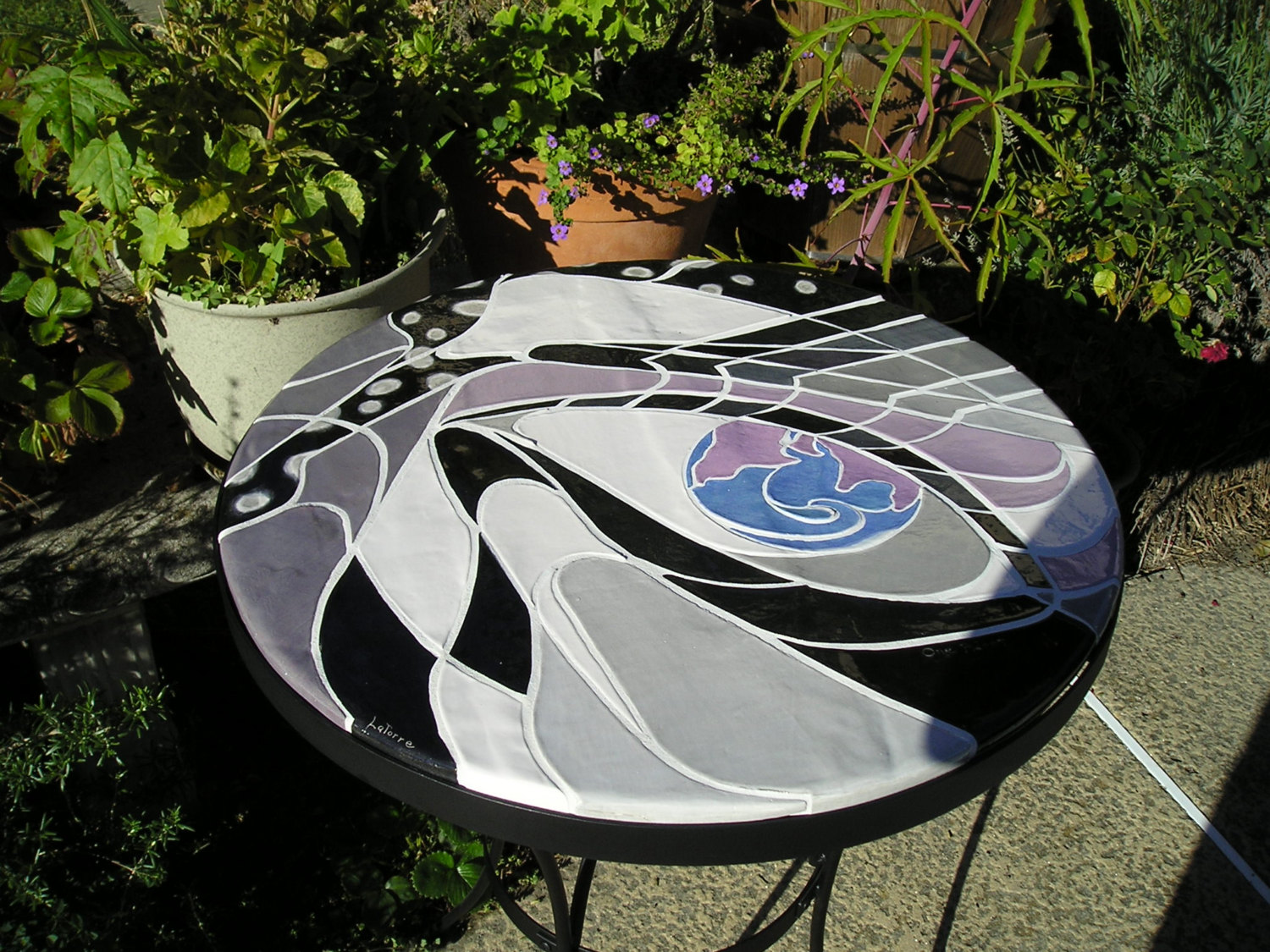 Round Abstract Mosaic Bistro Table With Black Legs For Home Furniture Ideas