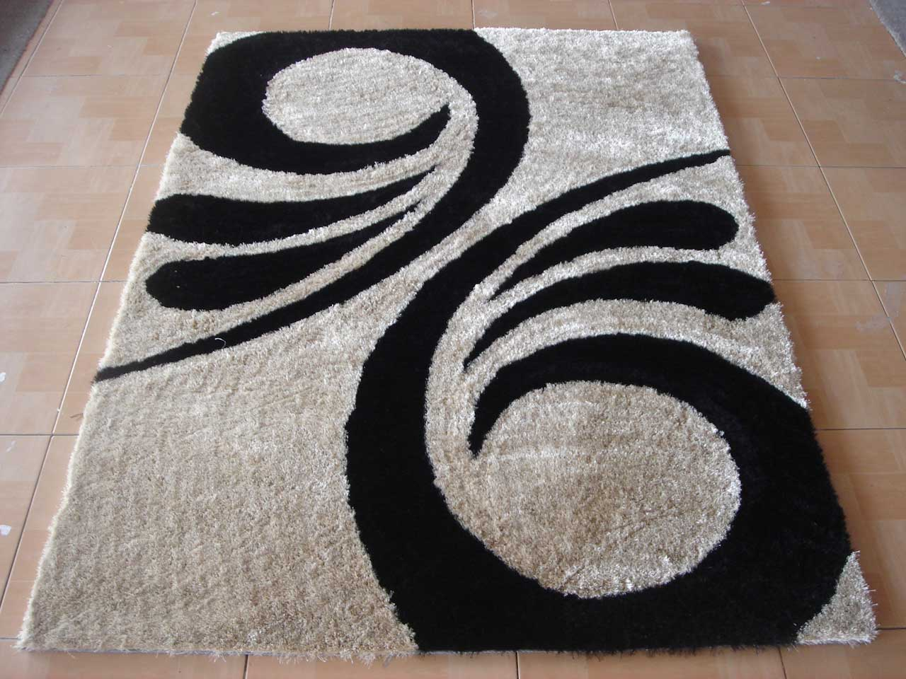 shag rugs in gainsboro with black motif for floor decor ideas