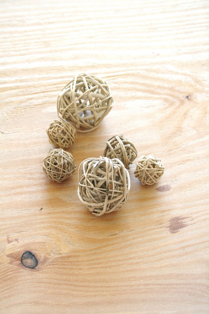 Sprayed Mocca Decorative Orbs For Table Accessories Ideas