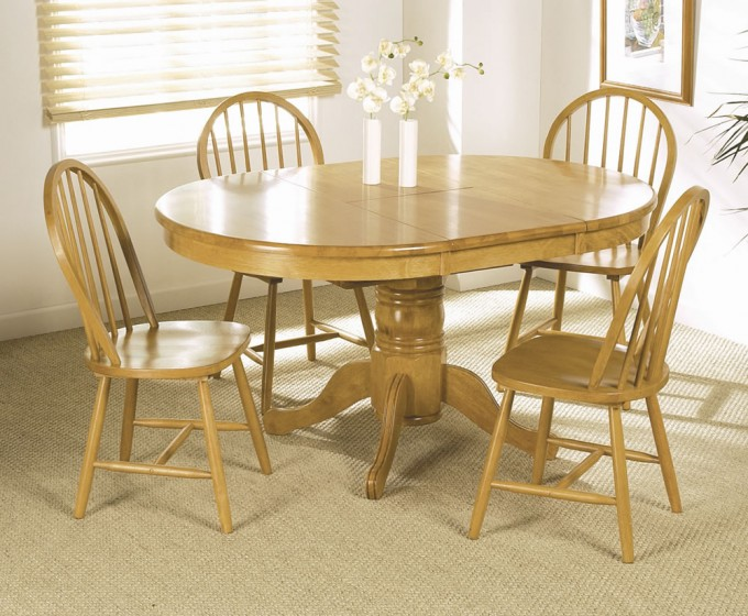 Terrific Wooden Expandable Dining Table Set With Round Table On Cream Floor For Dining Room Decor Ideas