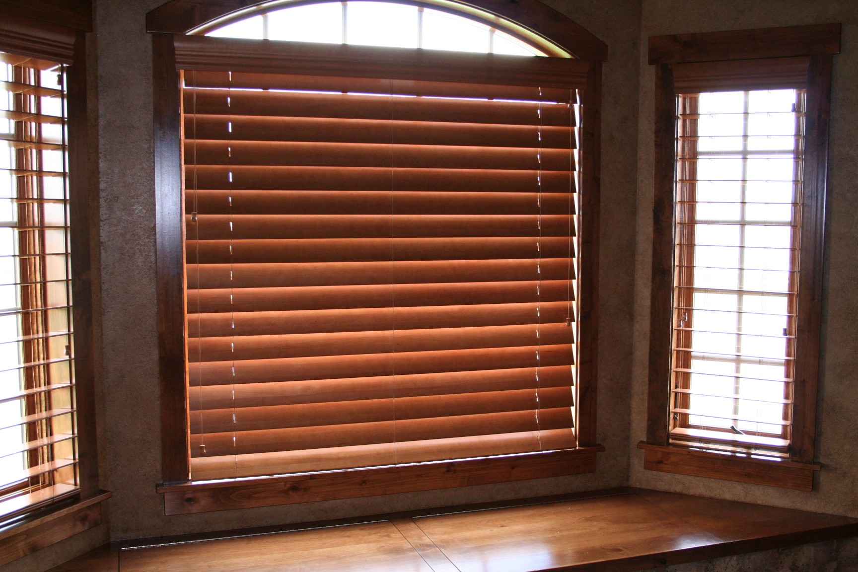 wooden window with horizontal wood bali blinds for home interior design ideas